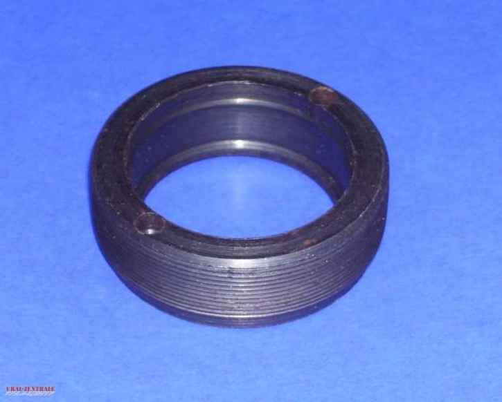 Wheel bearing fitting for hubs with fine pitch thread