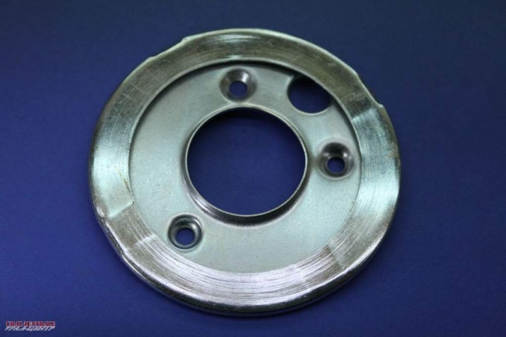 Oil thrower plate crankshaft w 3 mounting holes