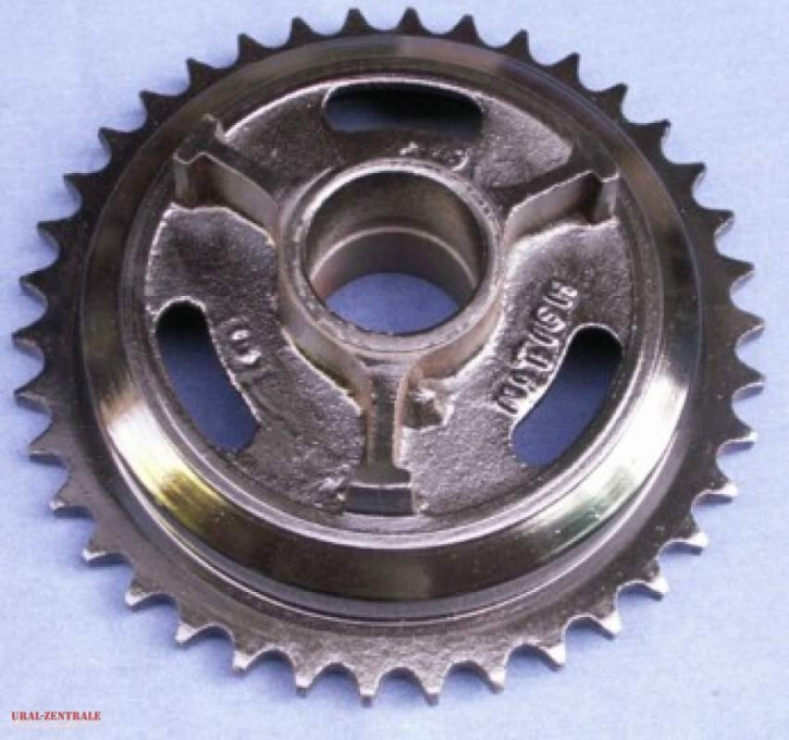 Rear wheel sprocket, early type, 3 bores