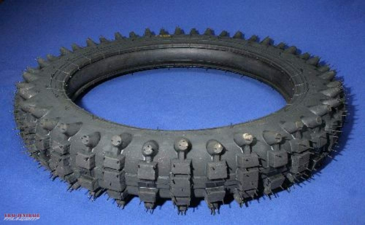 Tyre off-road 3.75 x 19 coarse  68P