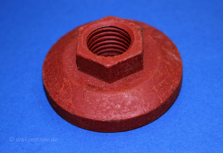 Nut for spare wheel holder M72