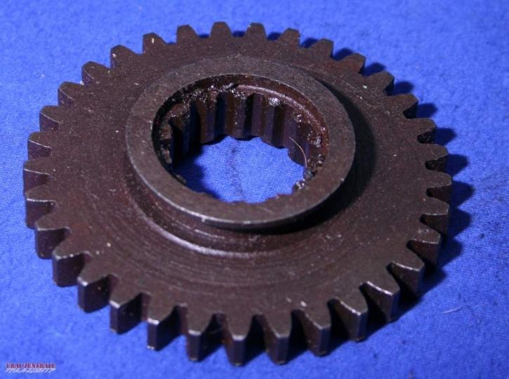 Gearwheel of the reverse gear