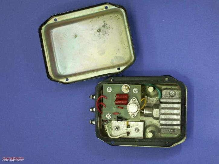 Elektronischer Regler im Originalgehäuse