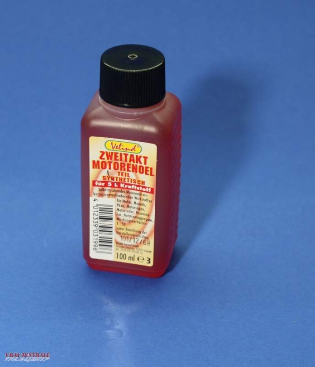 Two-stroke oil