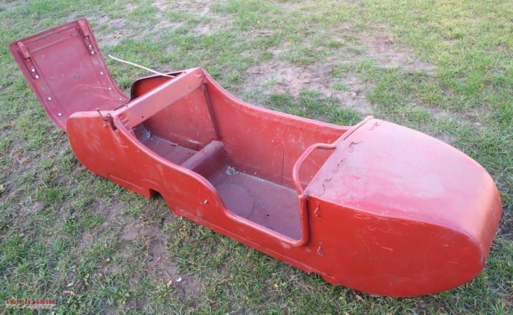 Beiwagenboot M72 / Ural