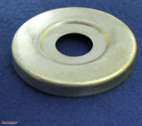 Zinc-plated cover disc for wheel hub