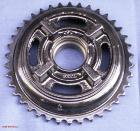 Rear wheel sprocket, new type, 4 bores