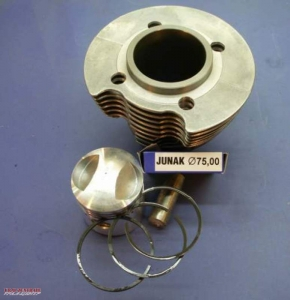 Piston / cylinder kit Junak